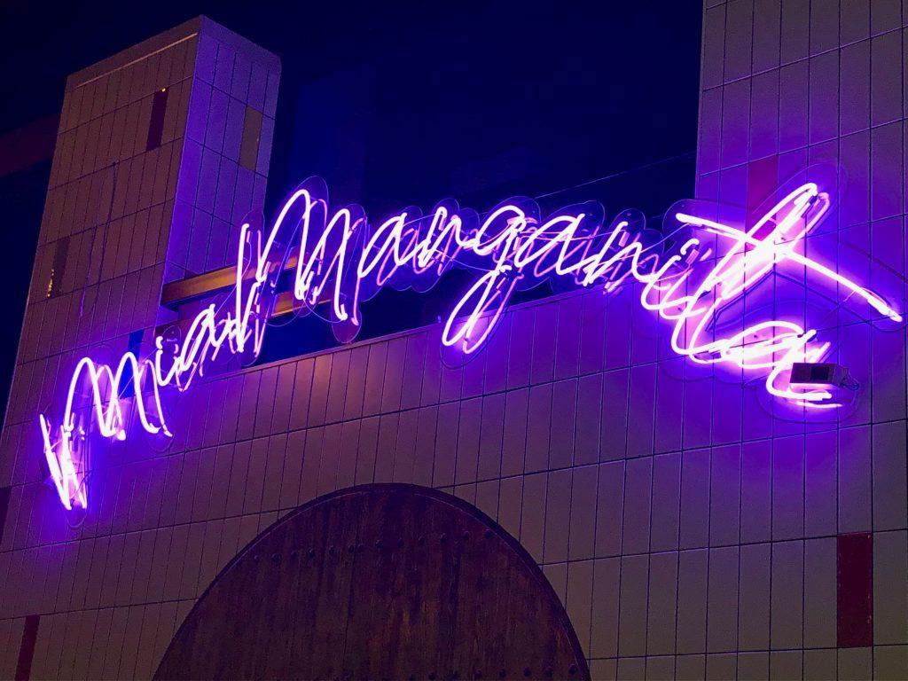 Illuminated Mia Margarita sign